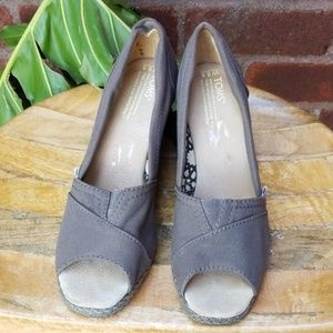 Toms Wedges VGUC Sz 8.5